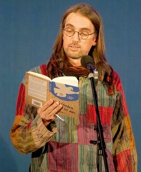 Peter Coon bei Buchvorstellung Weltfrieden ist aus