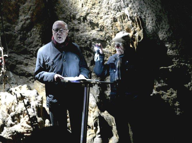 Zu Gast in der Dechenhöhle - Hans-Heinrich Stricker